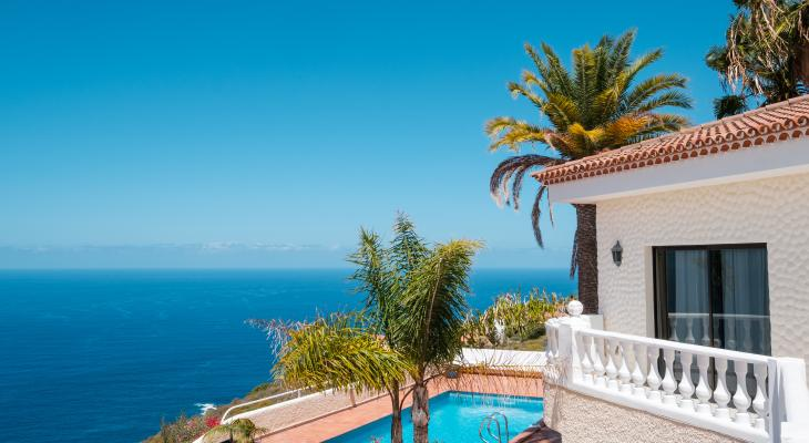 banner of Vacation Rentals Can Give You More Value Than a Hotel