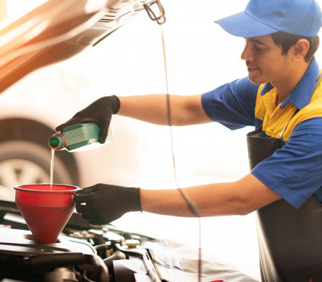 image for article: An Oil Change Keeps Your Vehicle Running Smoothly