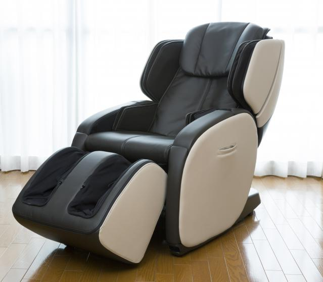 square of A Massage Chair Gives You All the Comfort You Could Ever Want (newstyle)